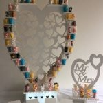 82e22947ef-mini me heart stand (shot glasses)